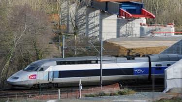 Installer le wi-fi dans une rame de TGV coûte environ 350.000 euros.