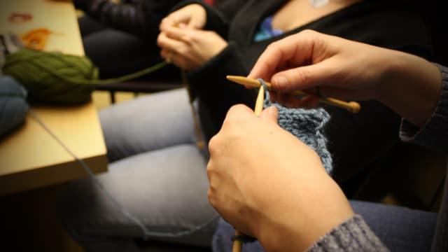 Aujourd'hui, la vente à domicile prend la forme d'atelier cuisine, maquillage ou tricot.