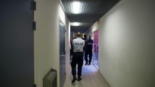 Les couloirs du centre de rétention de Marseille le 18 novembre 2017