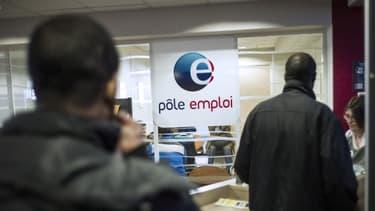 """Pole emploi a annoncé qu'une panne avait """"contribué à la diminution"""" du nombre de chômeurs au mois d'août."""