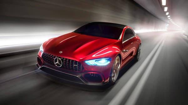 815 chevaux, c'est la puissance totale affichée par cette Mercedes AMG GT Concept.