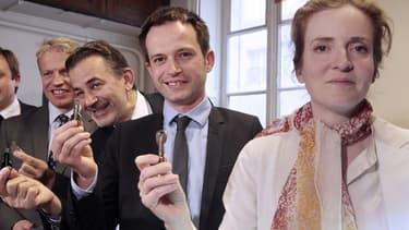 Un huissier de justice et deux experts indépendants ont été mandatés pour s'assurer de l'honnêteté du scrutin.