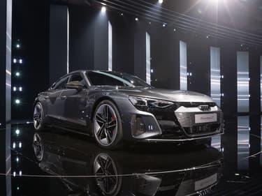 Audi pourrait devenir l'une des prochaines marques à annoncer qu'elle ne commercialisera plus que des modèles 100% électriques.