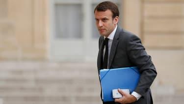 Emmanuel Macron devrait maintenir plusieurs hauts fonctionnaires à leur poste.