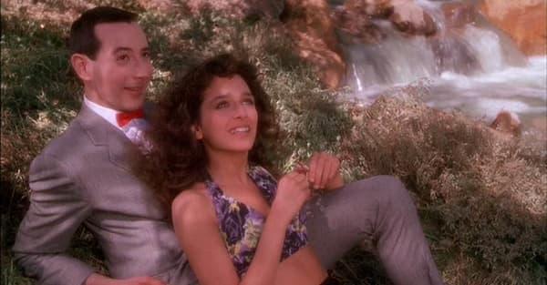Paul Reubens et Valeria Golino dans Big Top Pee-Wee