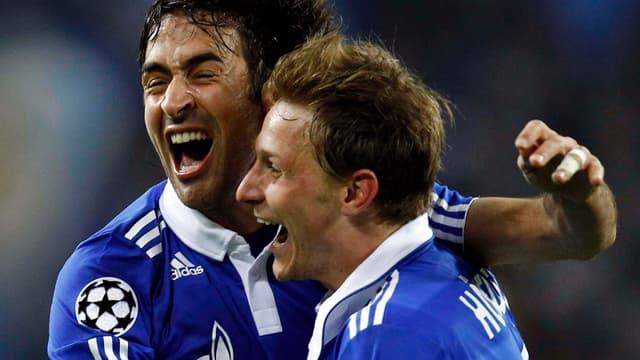 Raul et Höwedes