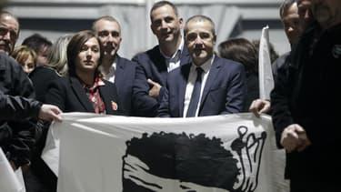 La coalition formée par Gilles Jean-Guy Talamoni et Gilles Simeoni pour les territoriales en Corse est arrivée en tête au premier tour.