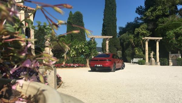 La Nouvelle 508 dispose d'une puissance allant de 130 chevaux (en diesel) à 225 chevaux (en essence).