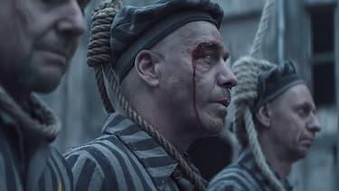 """Rammstein a de nouveau créé la polémique avec le teaser de """"Deutschland""""."""