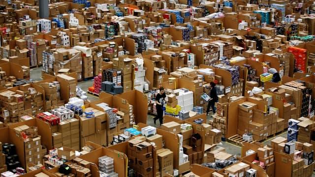 """Amazon cherche des """"ingénieurs, diplômés d'écoles de commerce, jeunes diplômés, ...""""."""
