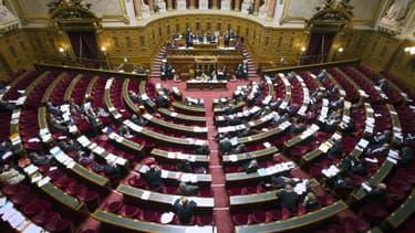 En incluant toutes les dépenses, le budget de fonctionnement du Sénat est évalué à 321 millions d'euros en 2014.