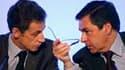 Les cotes de confiance de Nicolas Sarkozy et François Fillon restent proches de leur niveau le plus bas dans le baromètre TNS Sofres pour Le Figaro Magazine. /Photo d'archives/REUTERS/Charles Platiau
