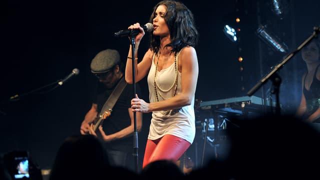 Jenifer sur scène en avril 2011