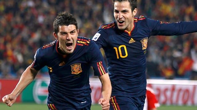 Les Espagnols évolueront en bleu dimanche en finale de la Coupe du monde