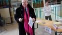 Jean-Paul Huchon, lors du deuxième tour des élections régionales en mars 2010. Le Conseil d'Etat a renvoyé le dossier du président de la région Ile-de-France au Conseil constitutionnel afin qu'il statue sur le cadre de la sanction prononcée contre lui et
