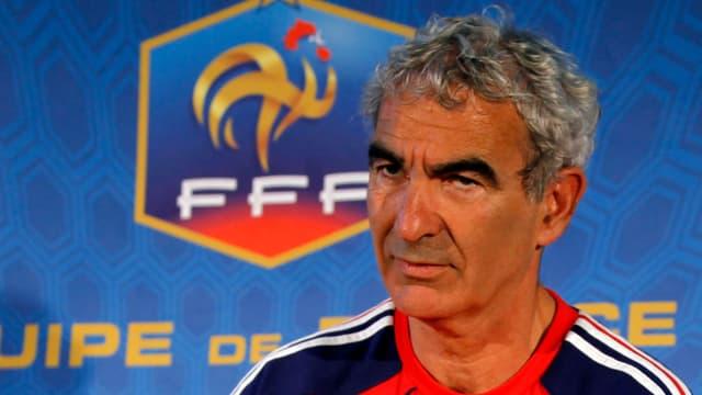 Raymond Domenech a trouvé le onze qu'il alignera contre l'Uruguay le 11 juin.