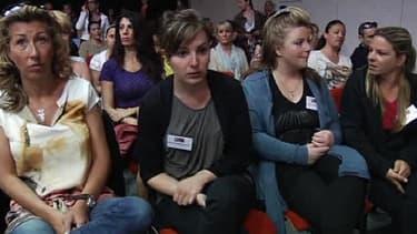 Des plaignantes dans la salle d'audience du tribunal correctionnel de Marseille, à l'ouverture du procès PIP, mercredi 17 avril.