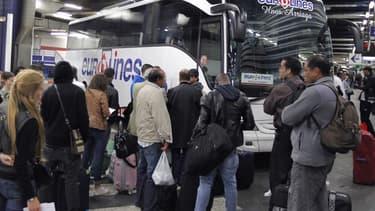 """Il s'agit de """"50 millions d'euros d'allègement supplémentaire de trésorerie en faveur du transport routier de voyageurs"""", ont expliqué le ministre des Comptes publics, Gérald Darmanin, et le secrétaire d'Etat aux Transports Jean-Baptiste Djebbari"""