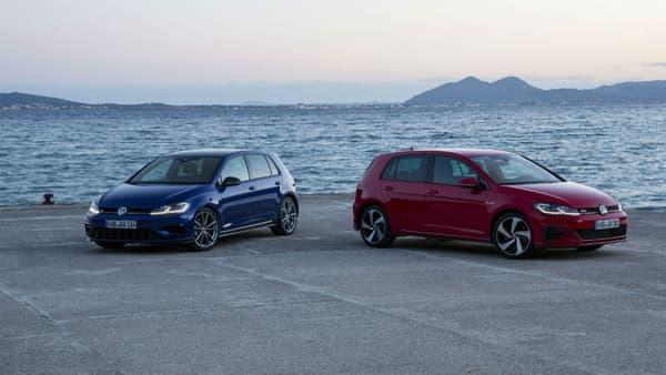 Entre cette GTI performance, la seule GTI commercialisée sur le marché français, et la nouvelle Golf R... une différence de 65 chevaux, et la transmission intégrale pour cette dernière.