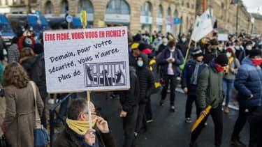 """Manifestation le 12 décembre 2020 à Bordeaux contre la proposition de loi """"Sécurité globale"""""""