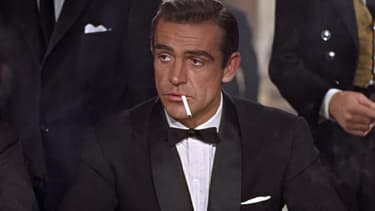 "Sean Connery dans ""James Bond contre Dr No"" en 1962."