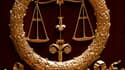 Le procès de cinq suspects de tirs contre des policiers lors de deux nuits de violences en novembre 2007 à Villiers-le-Bel s'est ouvert sous tension lundi à la cour d'assises de Pontoise. /Photo d'archives/REUTERS/Charles Platiau