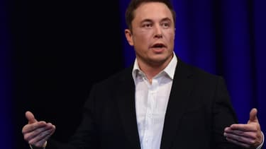 Les affaires d'Elon Musk ne sont pas au beau fixe, mais il n'en perd pas son sens de l'humour