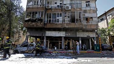 Une roquette tirée depuis la bande de Gaza a explosé à Ramat Gan, samedi 15 mai 2021, tuant un Israélien de 50 ans