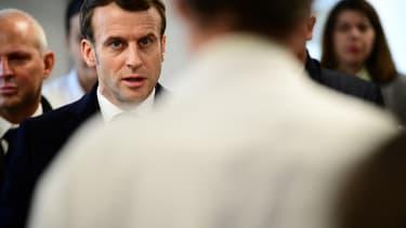 Emmanuel Macron à la Pitié-Salpêtrière le 27 février 2020.