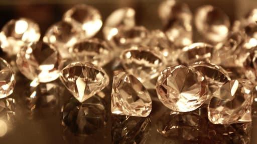 """A en croire les scientifiques, le phénomène des """"pluies de diamants"""" serait assez commun dans le système solaire."""