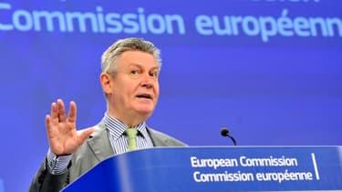 Comme pour le traité transatlantique, les négociations sont menées pour l'UE sous la houlette de Karel De Gucht, le commissaire européen au Commerce.