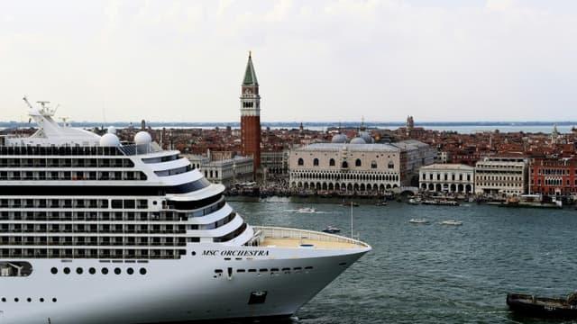 Le navire de croisière MSC Orchestra à Venise, le 5 juin 2021
