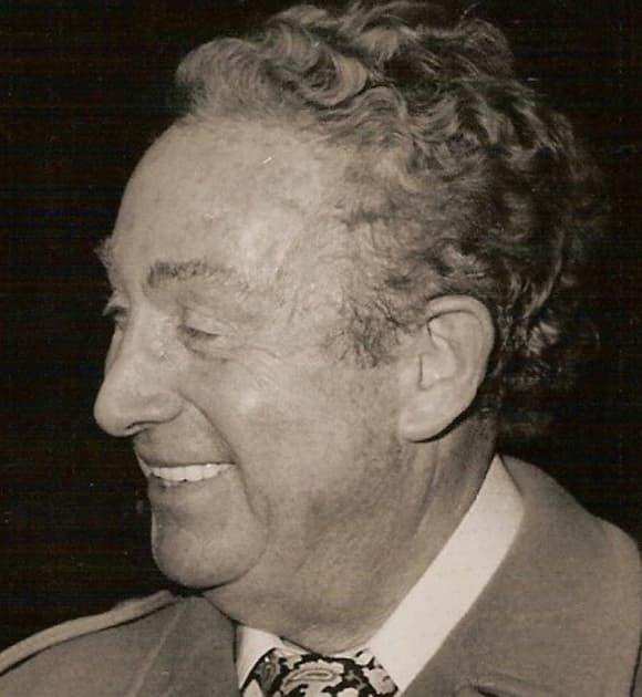 Charles Trenet à Bourges en 1977.