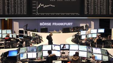 Les indices et les valeurs européennes poursuivent leur ascension, particulièrement le DAX de Francfort, +16% depuis le début de l'année.