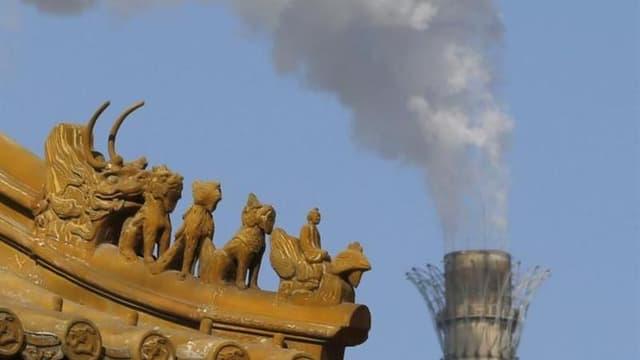 Les émissions de dioxyde de carbone dans le monde ont atteint un niveau record en 2012 sous l'influence de la Chine, où leur hausse a plus que compensé les baisses aux Etats-Unis et en Europe, selon l'Agence internationale de l'énergie (AIE). /Photo prise