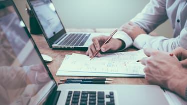 Les fonctions les plus recherchées sont issues du commercial et du marketing, qui représentent 27% des offres publiées.