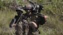 François Hollande a confirmé vendredi la suppressons de 24 000 postes supplémentaires dans l'armée d'ici 2019.