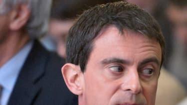 """Mme Royal affirme ne pas avoir pu s'opposer à Manuel Valls : """"Il est Premier ministre, il a décidé le contraire de ce que dit sa ministre de l'Environnement, donc voilà."""""""