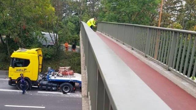 Un pont a été endommagé lors de l'accident