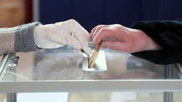 Les électeurs devront respecter des règles sanitaires strictes pour le second tour des municipales