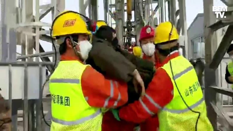 Chine: 11 mineurs coincés à 600m sous terre depuis le 10 janvier ont été secourus