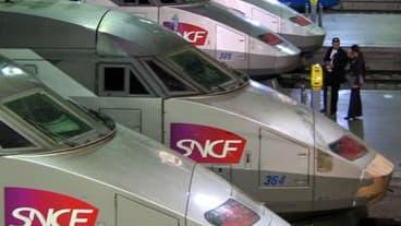 Le trafic ferroviaire a repris normalement lundi sur le réseau de la gare Montparnasse à Paris après avoir été perturbé en fin d'après-midi par la défaillance du système de communication radio d'un train. /Photo d'archives/REUTERS/Mal Langsdon