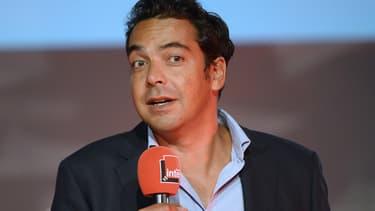 Patrick Cohen à une conférence de presse à la Maison de la Radio le 28 août 2013.