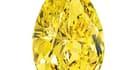 Un diamant jaune de 32,7 carats devrait rapporter huit millions de dollars lors d'une vente aux enchères qui sera organisée le 18 octobre à New York par la maison Christie's. /Photo d'archives/REUTERS/Christie's images LTD.