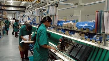 Schneider Eletric va réoganiser sa production afin de fabriquer à l'avenir en France uniquement les produits à forte valeur ajoutée