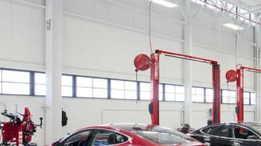 Un SUV compact, un pick-up et des camions et bus viendront compléter la gamme Tesla dans les prochaines années.