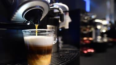 Nespresso ne veut pas perdre ses clients qui souhaitent déguster un café à n'importe quelle heure.