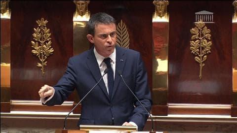 """Valls: """"La France refuse que la Grèce sorte de la zone euro"""""""