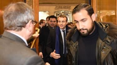 Alexandre Benalla accompagnait le président de la République même lors de ses visites privées.