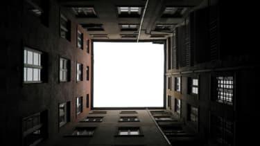 """Une dizaine de villes qui sont """"très loin des 20% de logements sociaux"""" vont sévèrement se faire taper sur les doigts."""